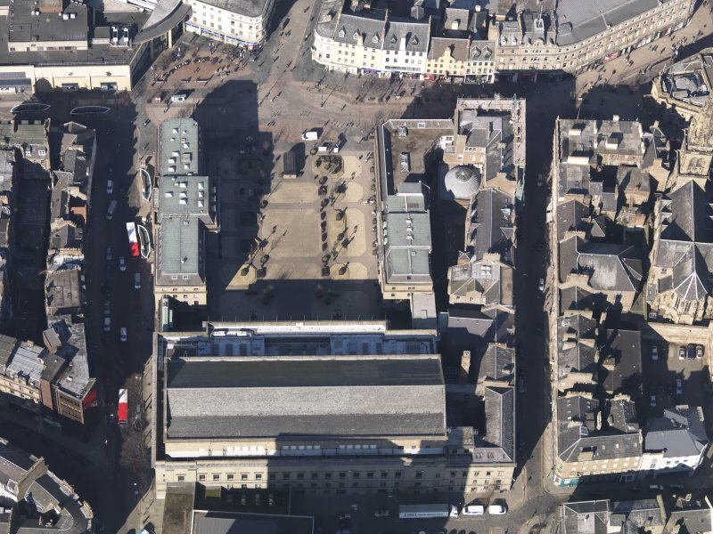 Oblique aerial view centred on the Caird Hall, taken from the SE.