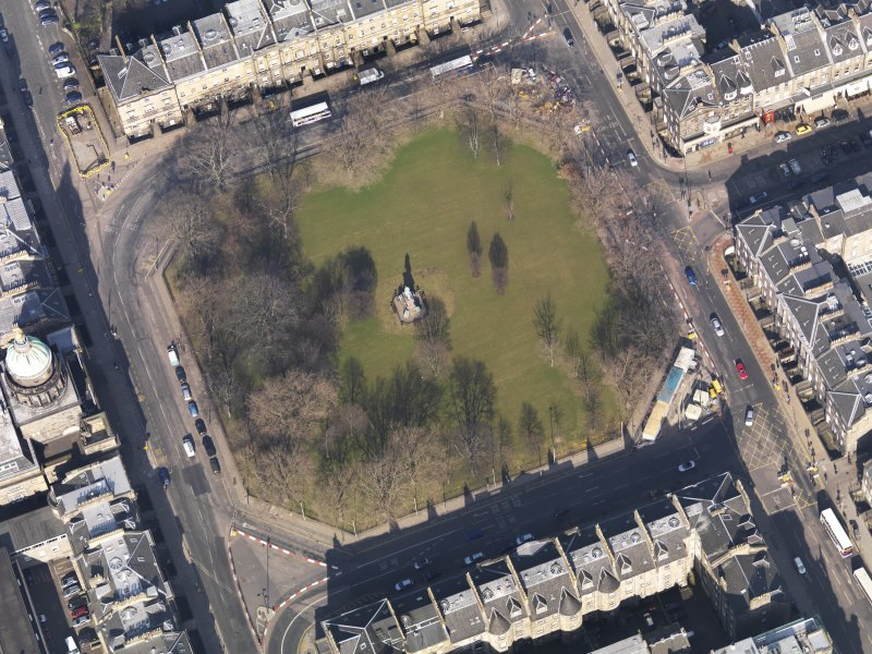 Oblique aerial view centred on the Square, taken from the SSW.