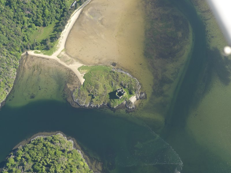 Oblique aerial view centred on Castle Tioram, taken from the N.