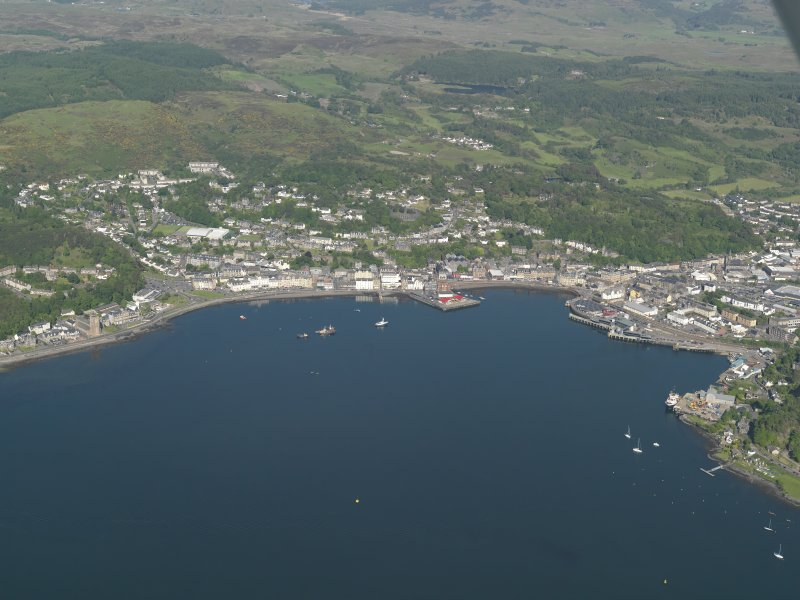General oblique aerial view of Oban looking across the bay, taken from the W.