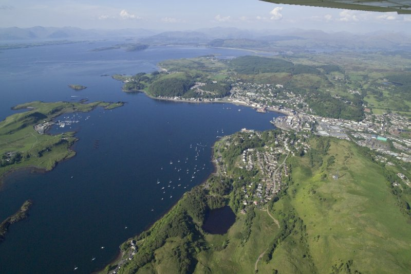 General oblique aerial view of Oban, taken from the SSW.