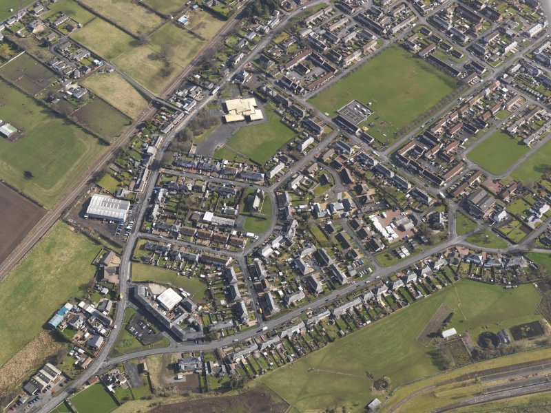 General oblique aerial view centred on part of the village, taken from the WSW.