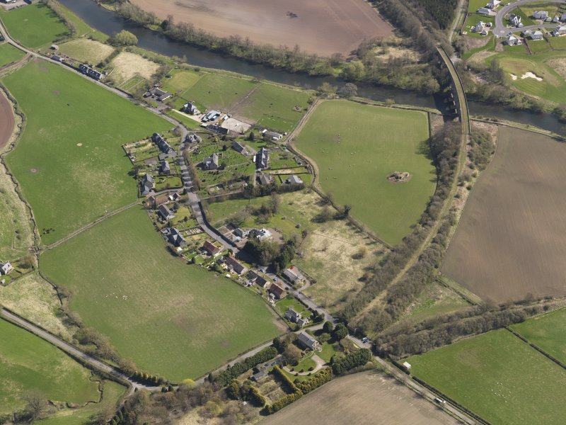 Oblique aerial view centred on the village, taken from the WSW.