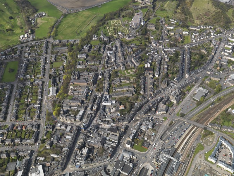 General oblique aerial view of Stirling centred on the former school, taken from the S.