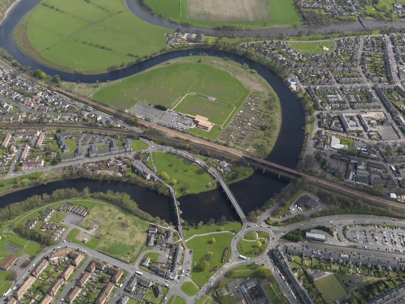 Oblique aerial view centred on Stirling Bridge and the former battle site, taken from the NW.