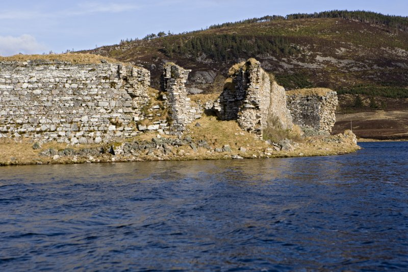 SW turret and guard robe, view from loch to W
