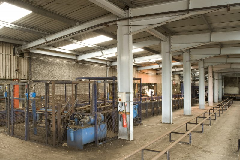 Interior. Cask preparation area with cask conveyor, view from SW