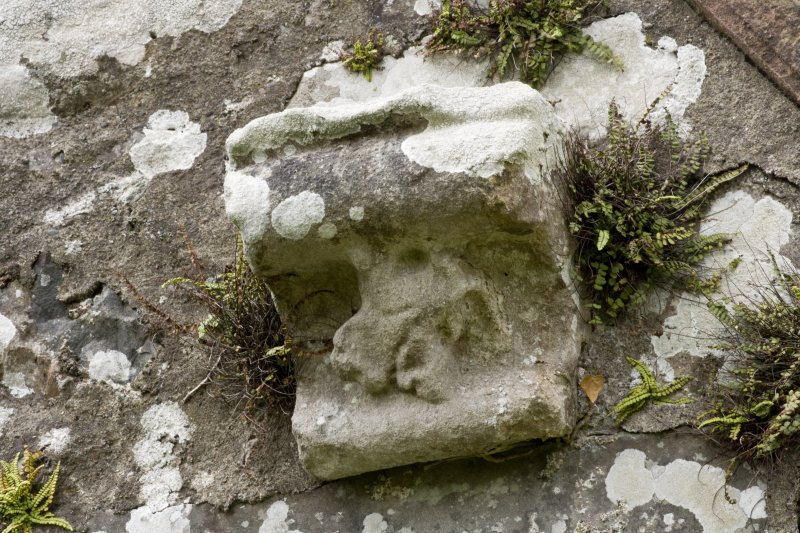 E Gable. Corbel fragment. Detail