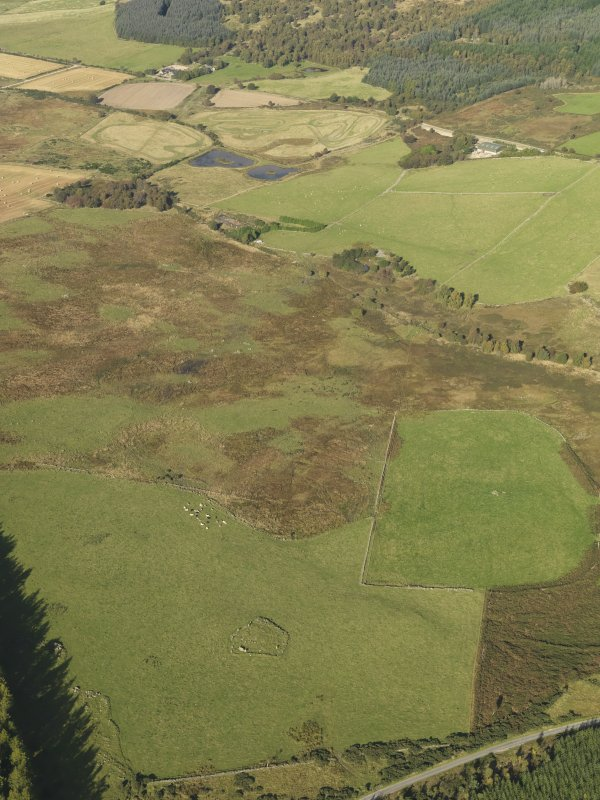 General oblique aerial view of the remains of Elsie the Greater Recumbent Stone Circle, taken from the SE.