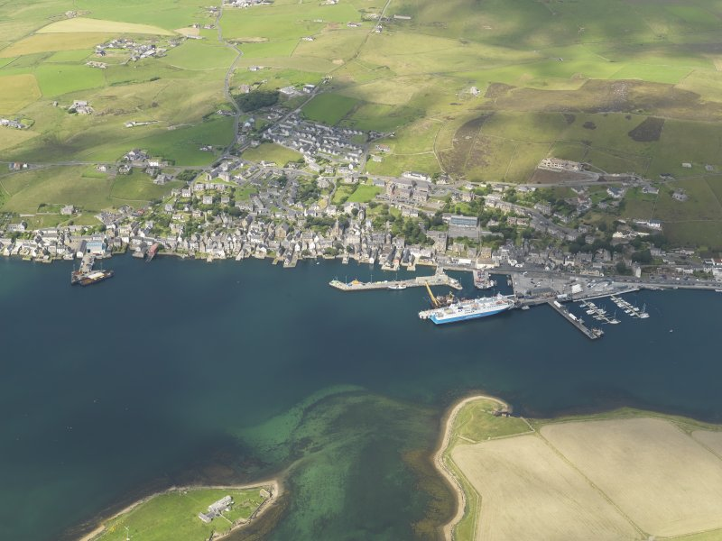 Oblique aerial view centred on Stromness Harbour, taken from the SE.