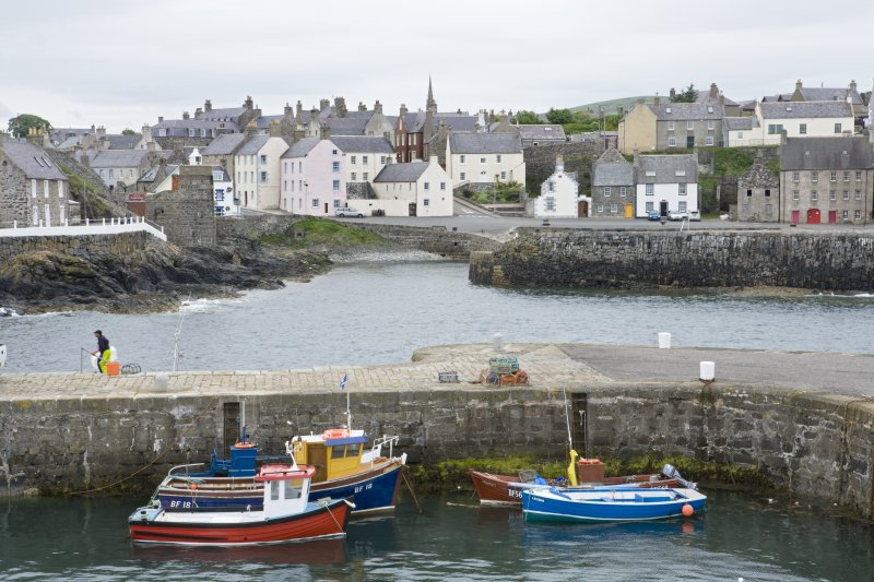 Town and harbour basin, Portsoy,  view from NE