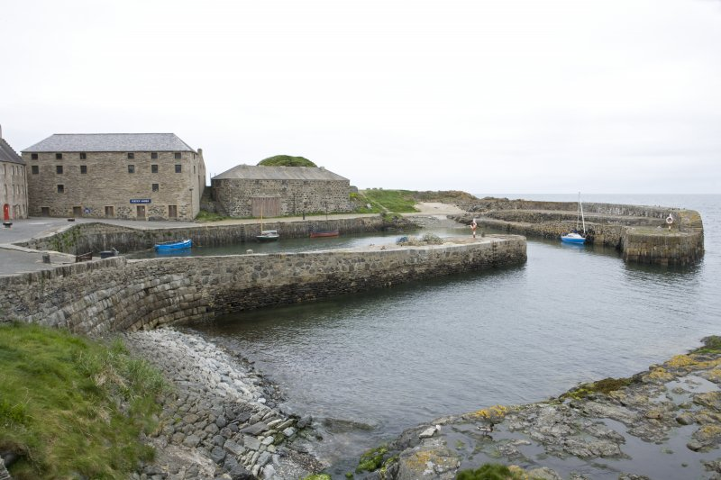 Old harbour, view from SE