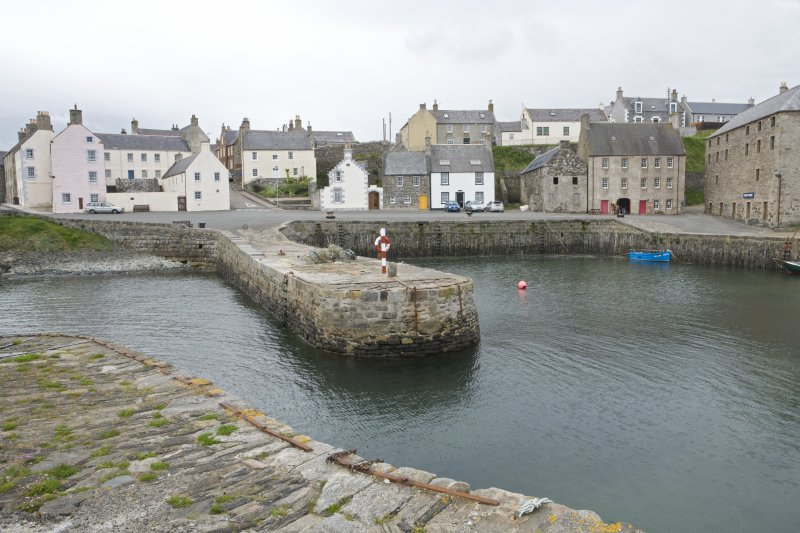 Old harbour, view from NNE