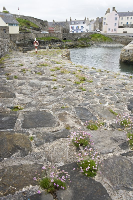 Old harbour, Portsoy, N sea wall, detail of stonework