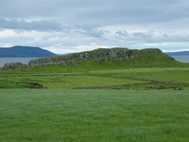 General view of Dunagoil taken from the E.