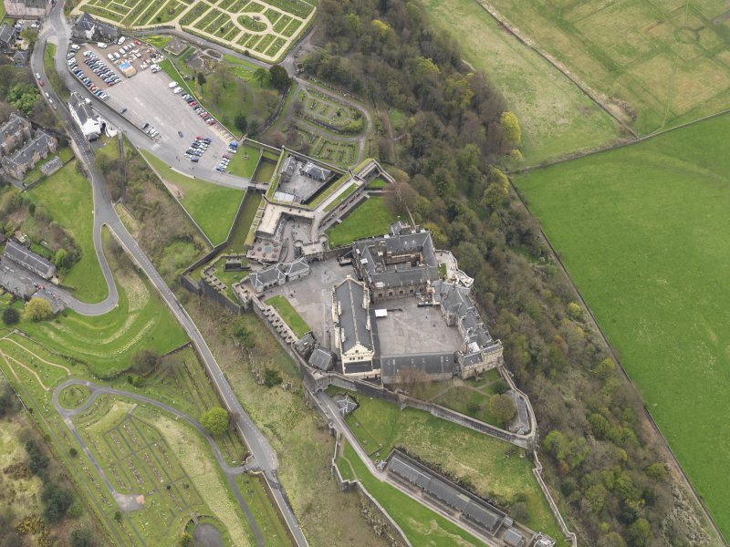 General oblique aerial view of the castle centred on the Great Hall, taken from the N.