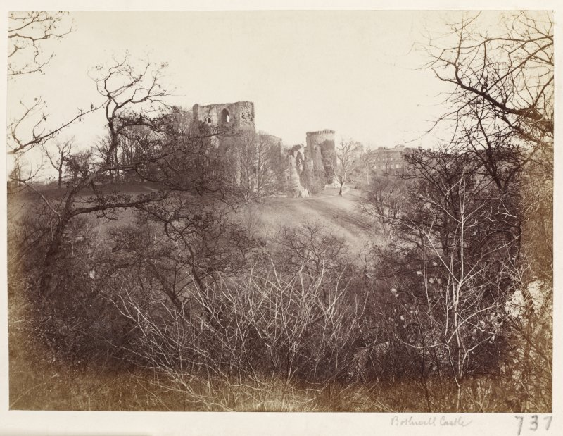 Page 7/6. View of Bothwell Castle from South-West. Titled 'Bothwell Castle.' PHOTOGRAPH ALBUM 146: THE ANNAN ALBUM