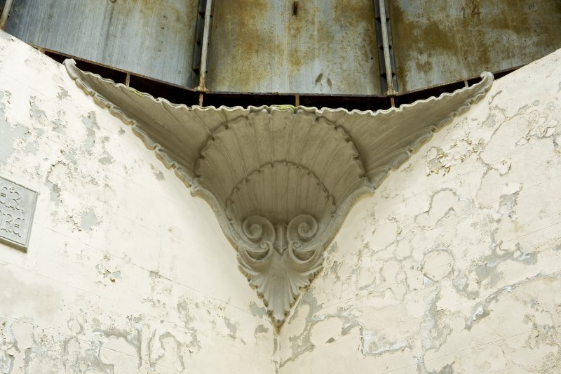 Interior. Detail. View of the decorative coving to the upper corners of the Argyll Mausoleum.