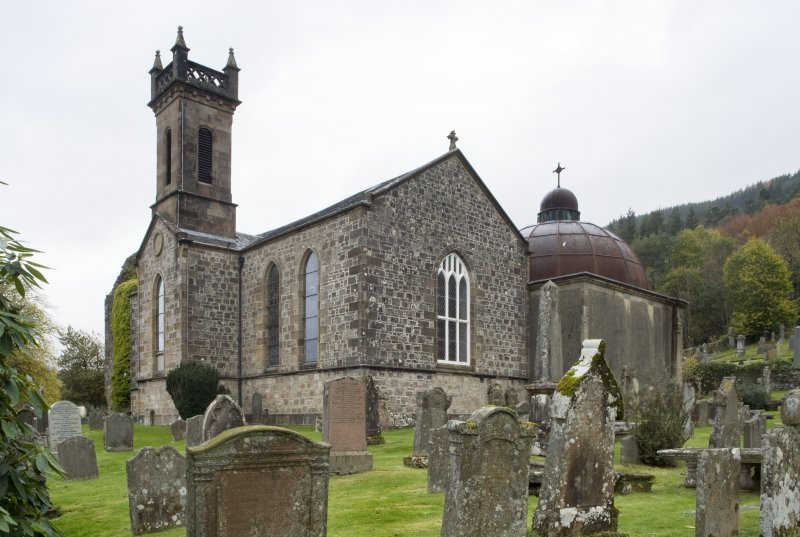View of Church of St Munn's from South-East. Also showing adjoining Argyll Mausoleum .