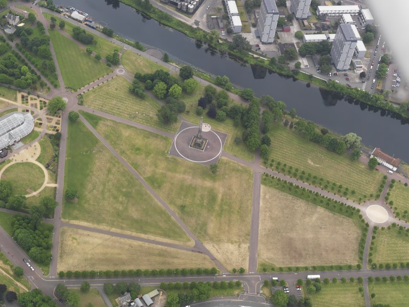 Oblique aerial view of the parchmarks of the air raid shelters at Glasgow Green, looking SSW.