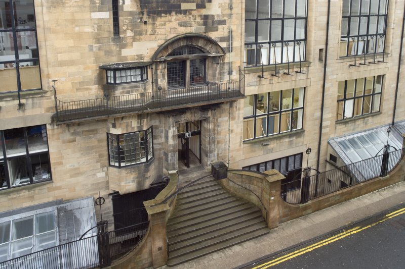 View looking down to the Mackintosh Building main entrance, taken from the Foulis Building