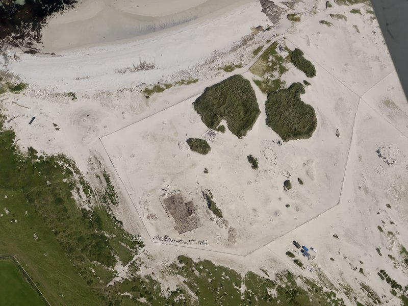 Oblique aerial view of the excavations at the Links of Noltland, taken from the SSW.