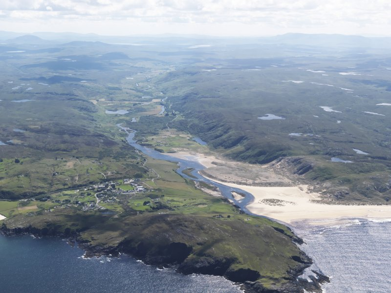 General oblique aerial view of Bettyhill and Torrisdale Bay, taken from the NE.