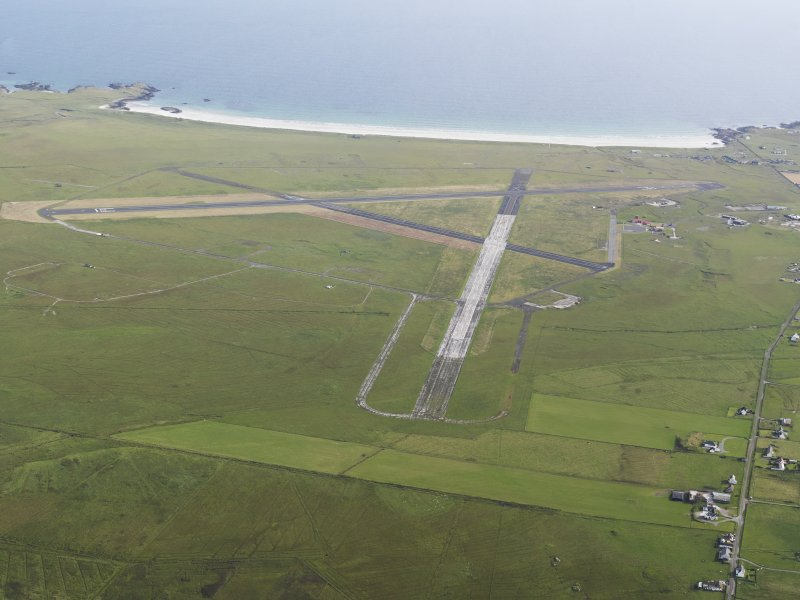 Oblique aerial view of Tiree airfield, looking to the SSE.