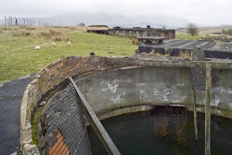 Battery No 2. Roof and former gun pit rim. Detail