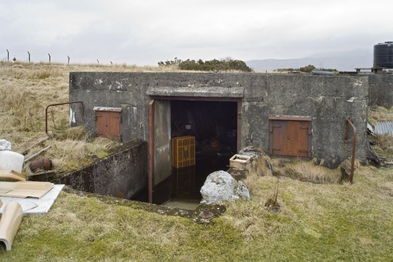 Battery No 4. Ammunition space entrance. Detail
