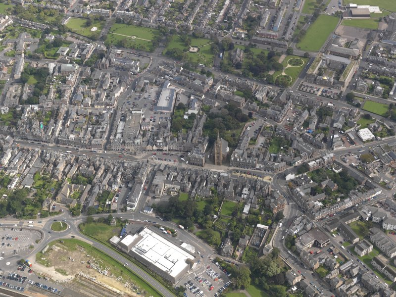 General oblique aerial view of  Montrose centred on the High Street, taken from the W.