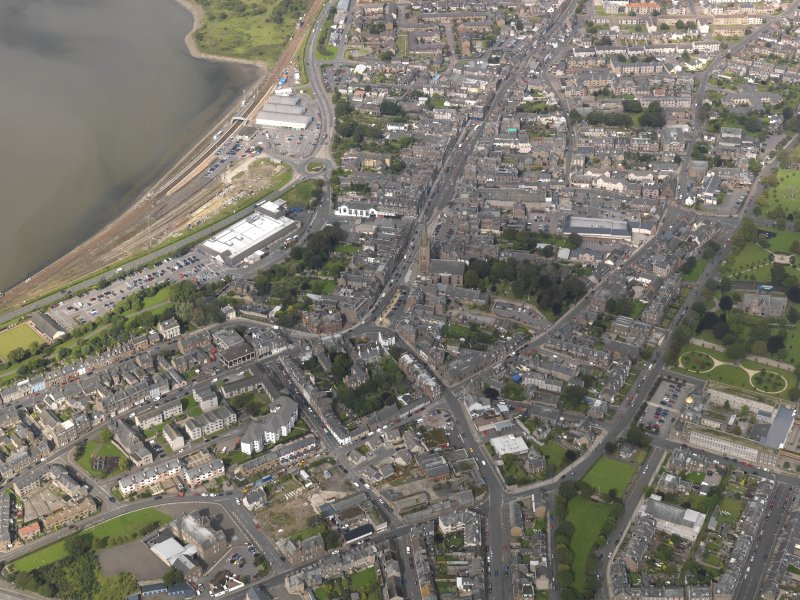 General oblique aerial view of  Montrose centred on the High Street, taken from the NE.