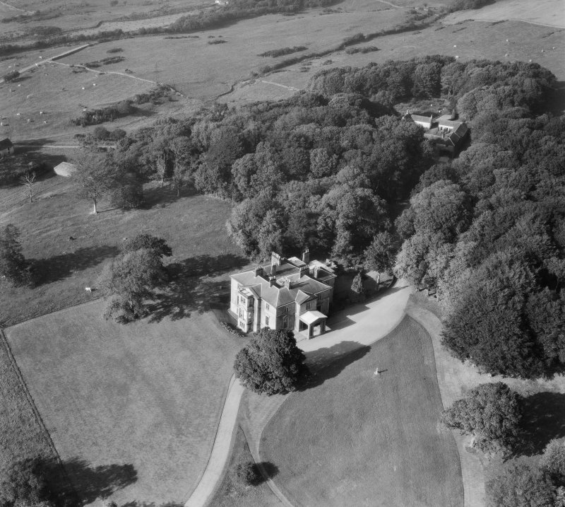 Earlston House, Borgue.  Oblique aerial photograph taken facing north.  Prior to its demolition in about 1954.