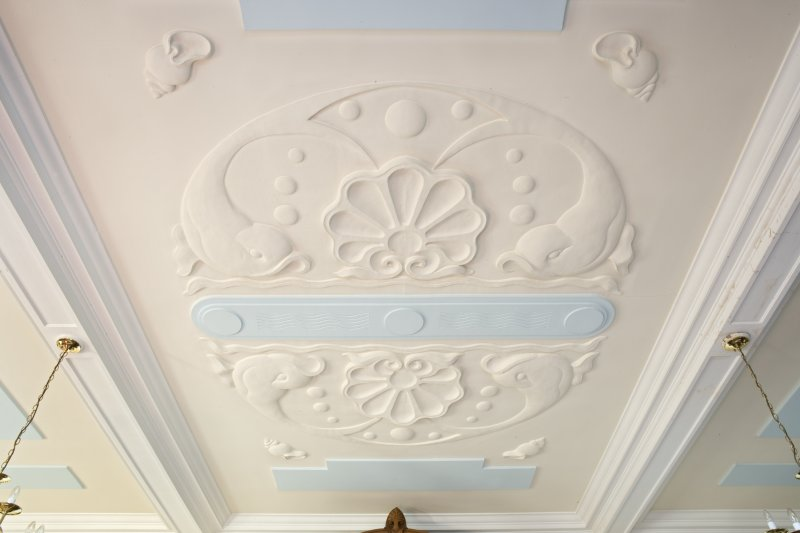 Harbour Chambers. Interior. 1st floor. Boardroom. Plaster ceiling. Detail
