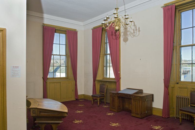 Harbour Chambers. Interior. 1st floor. Boardroom lobby.