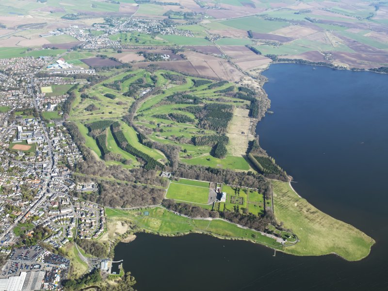 General oblique aerial view of the Kinross golf courses centred on the Mongomery Golf Course, taken from the S.