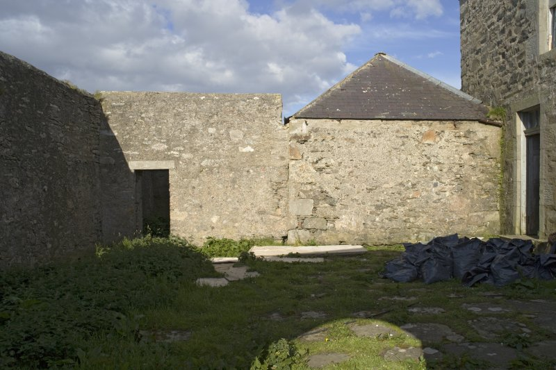 Inner courtyard to N of house, view from W