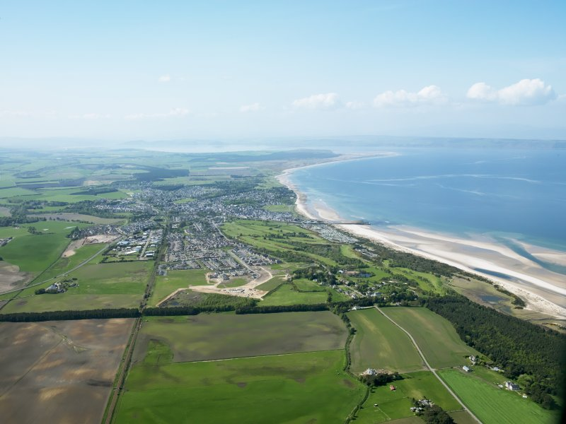 General oblique aerial view of Nairn, taken from the ENE.