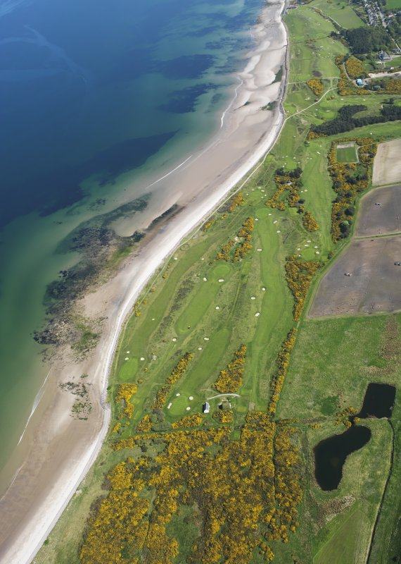 Oblique aerial view of Nairn Golf Course, taken from the WSW.