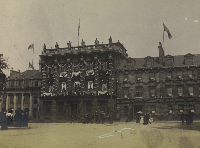 View of no.s 37-42 St Andrew Square, decorated for the coronation of Edward VII PHOTOGRAPH ALBUM NO. 76: THE CORONATION ALBUM p.9
