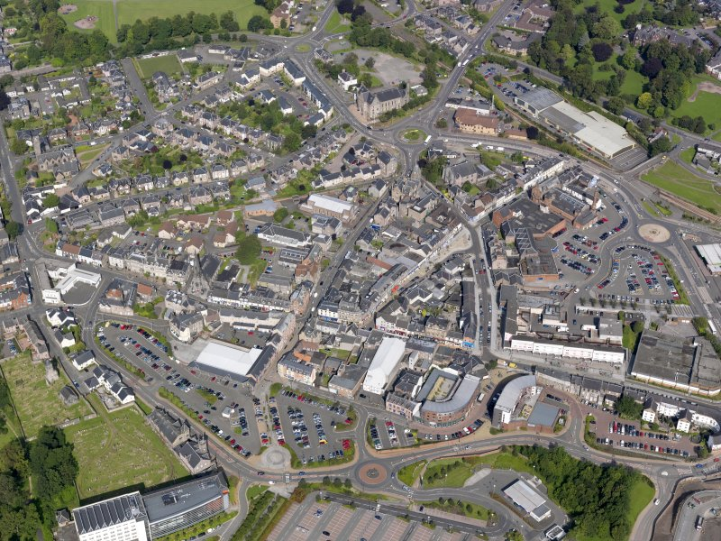 General oblique aerial view of Alloa, taken from the ESE.