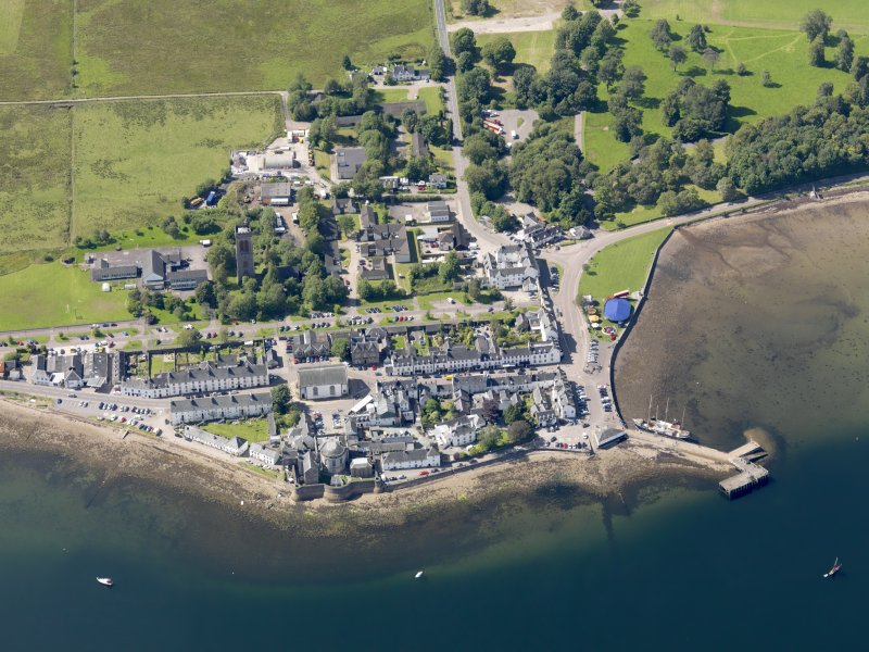 Oblique aerial view of Inveraray, taken from the SE.