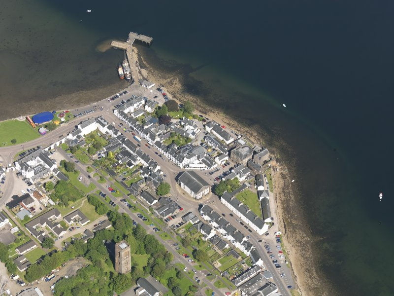 Oblique aerial view of Inveraray, taken from the WSW.