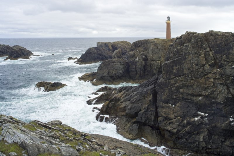 View of Butt of Lewis lighthouse, from W, showing location.