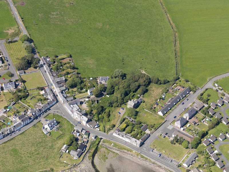 Oblique aerial view of Isle of Whithorn Castle, taken from the SE.