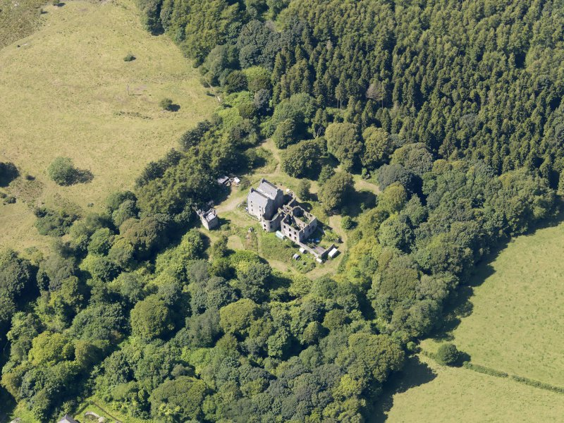 General oblique aerial view of Ravenstone Castle, taken from the ESE.