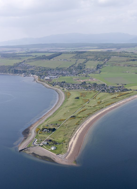 General oblique aerial view of Fortrose and Rosemarkie Golf Course, taken from the W.