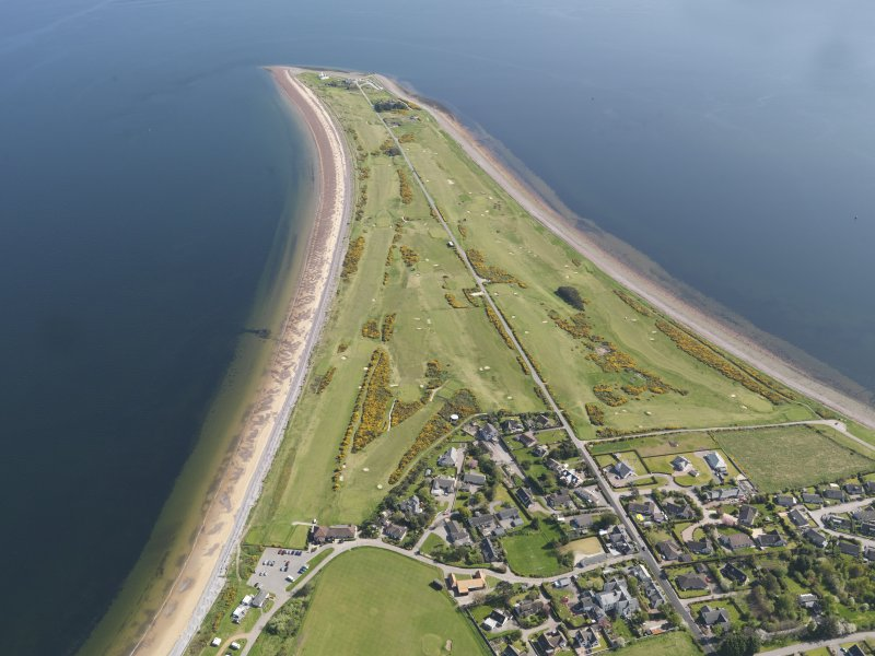 Oblique aerial view of Fortrose and Rosemarkie Golf Course, taken from the NW.