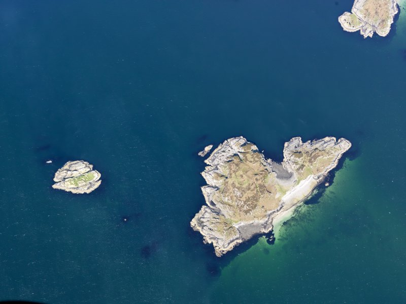 Oblique aerial view of Eilean nan Gobhar, taken from the ESE.