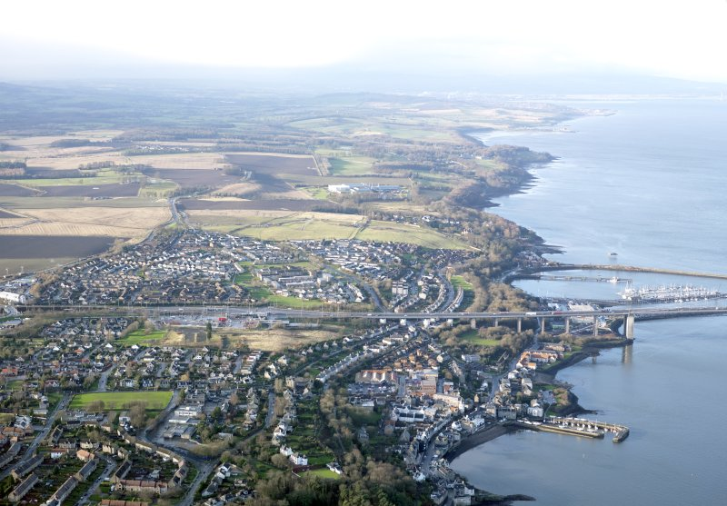 General oblique aerial view of South Queensferry, taken from the E.